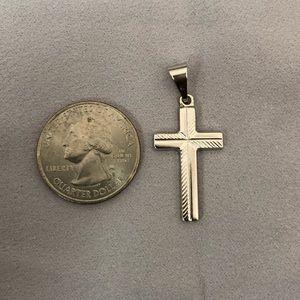 Jewelry - 18K WG Cross pendant